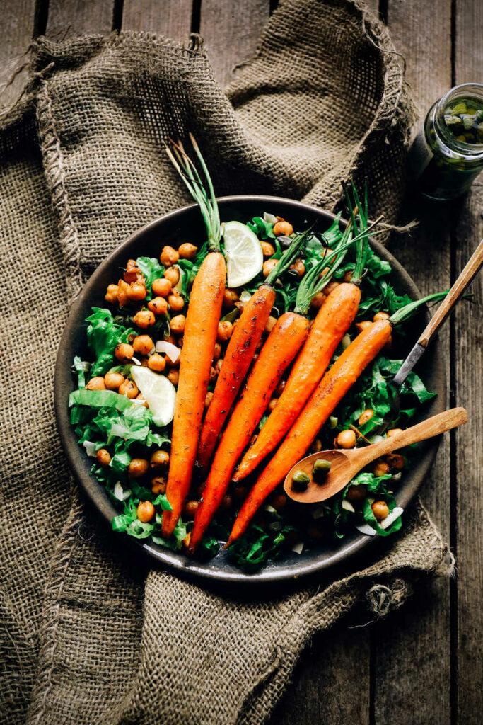 Danie wegetariańske na talerzu