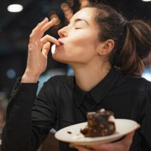 Co jeść na kolację na diecie? Wybierz posiłek spośród 5 wariantów, a my dostarczymy Ci go w wybrane miejsce