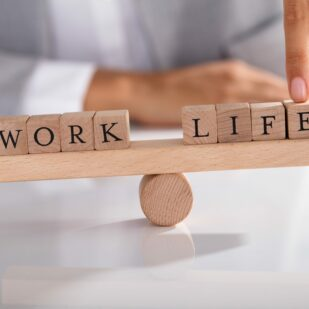 Work life balance - przedstawienie za pomocą równoważni