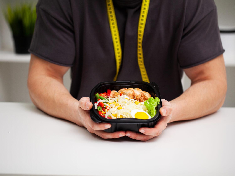 Jak jeść 4 posiłki dziennie, aby schudnąć?
