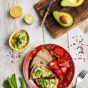 zdrowe awokado wystepuje w menu cateringu dietetycznego ntfy