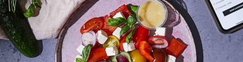 jak przyspieszyc metabolizm aplikacja ntfy catering salatka grecka feta winogrona talerz