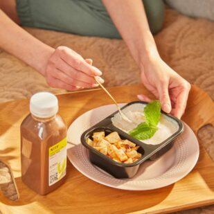 catering dietetyczny nice to fit you pieczona gruszka i budyń wegański smoothie nice to fit you